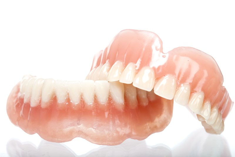 Unaligned Dentures